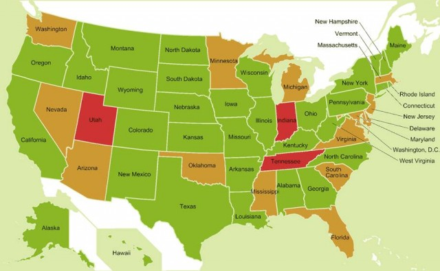 این نقشه نشان می دهد که برهنگی بالاتنه برای بیشتر ایالات کشور امریکا آزاد است....