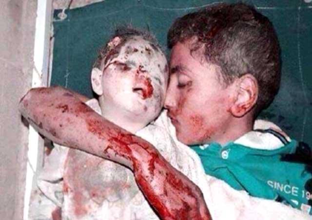 (کسانی که در شهرند! مردم عادی! چه ساده پرپر می شوند... گویی که کشتن انسانها مهم نیست! برخی هم شاید اسلام گرای تند رو بوده اند البته شاید! ولی با این نوع کشتار چیزی درست نمی شود.. تنها بذر نفرت است که تا سالها خواهد ماند. کودکانی که این صحنه ها را می بینند و خانواده شان را از دست می دهند ، انتقام جویان آینده اند، پس امنیت اسرائیل با این نوع کشتار تا سالها به خطر می افتد و کمکی به حفاظت از شهروندانش نمی کند.)
