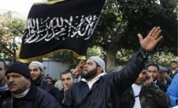 مسلمانان برای نجات و آزادی به اروپا می روند و بعد از فضای آزاد کشورهای دموکرات در جهت تبلیغ شریعت و جنگ با کفار بهره می برند! براستی اگر اسلام خوب است شما اروپا چکار می کنید؟ برگردید همان آخورهای نماز جماعت در کشورهای خودتان!