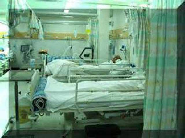 بیممارستان های ایران اغلب بسیار کثیف و آلوده اند. در تمیز و بهداشتی نگاه داشتن آنان توجه چندانی نمی شود. تخت و اطاق بیماران نیز بسیار کثیف و آلوده است. یکی از عوامل سرایت بیماری ها و بهبود نیافتن بیمار، رعایت نکردن اصول بهداشت در سالن، اطاق، تخت، و پوشش بیمار است.