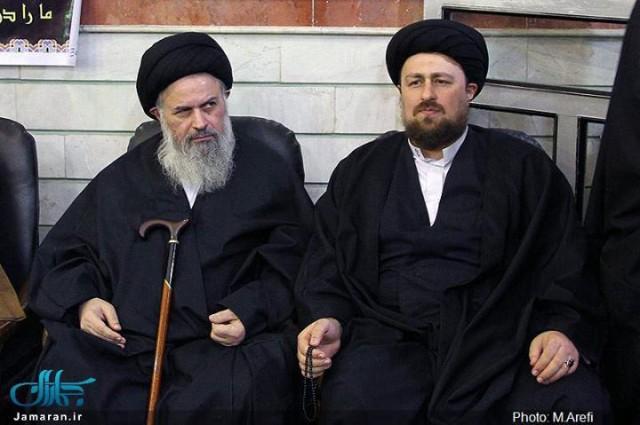 این فرتور آخوند مفتخور و فرومایهمحمد موسوی بجنوردی با دامادش حسن خمینی سربار دیگر ملت در بند ایران است. این مردک که نزدیک به گور است و با فرهنگ و تاریخ ما دشمنی و کینه توزی دارد برای هم میهنان بهایی حق تحصیل و شهروندی و به گفته دیگر حق انسانیت قائل نیست. به راستی می توان گفت که نفرین و لعنت بر آخوند باد.