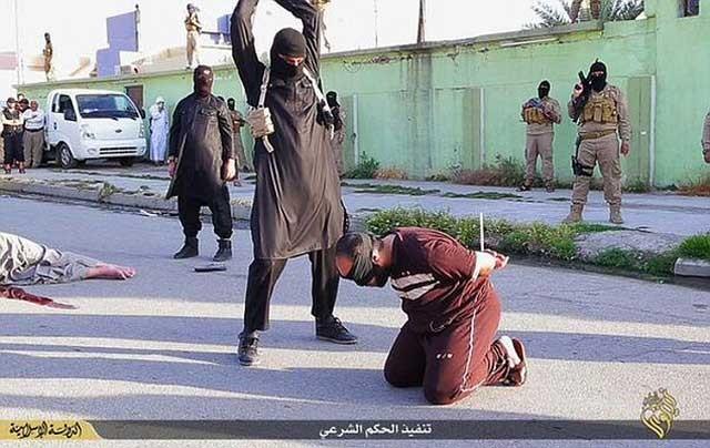 فرستاده سازمان ملل می گوید که داعش دختران را به شهر رققا و به نزد افرادی از خود می فرستد که مأموریت های گوناگون مانند جدا نمودن تن اسیران را بر عهده گرفته اند.
