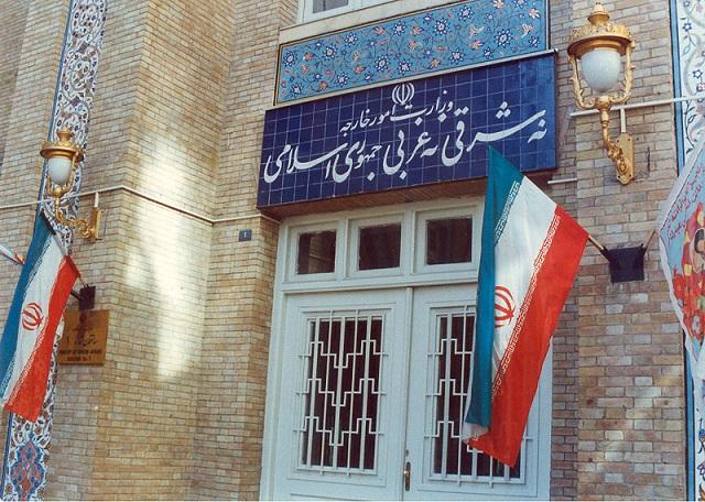 دیپلماتهای ایرانی در حال تجارتند !