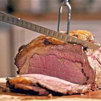 پژوهش های علمی نشان می دهد خوردن گوشت قرمز نباید از ۴۲ گرم در روز بیشتر شود تا از ۱۰٪ مرگ های زودرس در مردان و یک در میان ۱۳ نفر زنان جلوگیری به عمل آید.