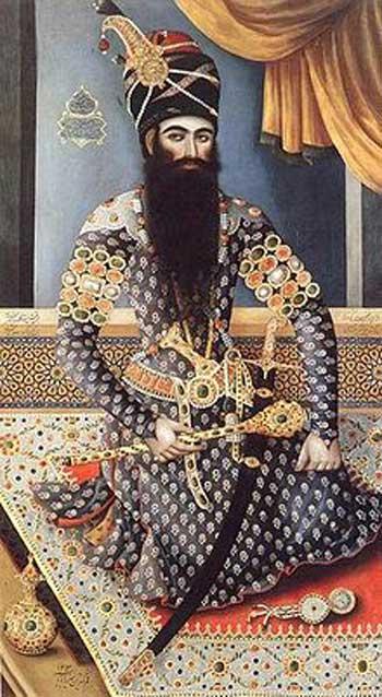 فتحعلہشاه قاجار مظهر خیانت و عقب ماندگی که کشورمان را به باد داد و بخش بزرگی از آن را به روسیه تقدیم کرد.