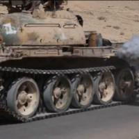 tank-runs-over-prisoner-isis-uncut-video