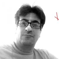 یاشار پارسا - گمنامیان - یک چهره شناخته شده و محترم میان وبلاگ نویسان و کنشگران سیاسی و حقوق بشر ایران است. برای آشنایی با او به وبلاگ گمنامیان مراجعه کنید.