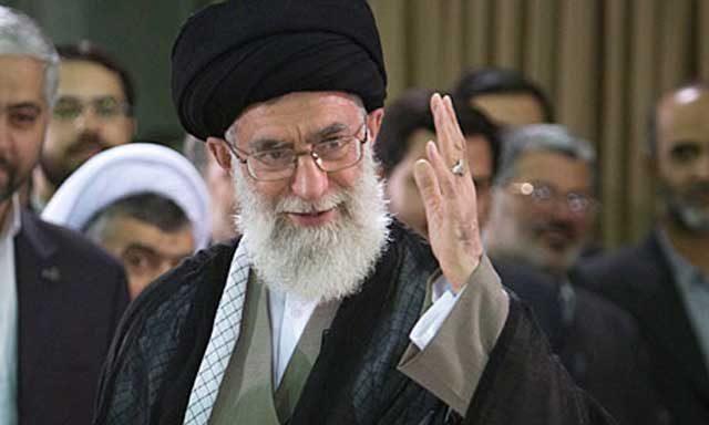 اگر دست دزد باید بریده شود، تا عدالت اسلامی اجراء گردد، خامنه ای شاه دزد چند دست باید داشته باشد، و چند بار باید قطع شود؟