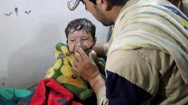 شار اسد سعی در از بین بردن و حذف نیروهای مخالف خود را دارد. با توجه به خروج داعش از سوریه ، نیروهای بشار اسد توان و تمرکز خود را بر روی مخالفان قرار داده اند و ظاهراً به بدترین روش ممکن سعی در ایجاد ارعاب در میان مخالفان سوری دارند : حمله شیمیایی و کشتار انسانهای بی گناه! بنوعی مردم سوریه گروگان اسد هستند و او سعی نموده است تا با کشتار مردم بی گناه در صف مخالفان داخلی و خارجی خود اختلاف ایجاد نماید. اختلاف روسیه با غرب درباره سوریه اولین واکنش حمله اسد بود.