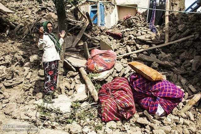 quake-damage-in-Bojnurd-Iran-1